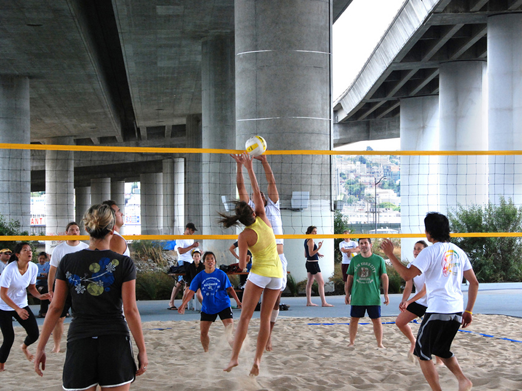Sand Volleyball Outdoor Activities | Mission Bay Parks